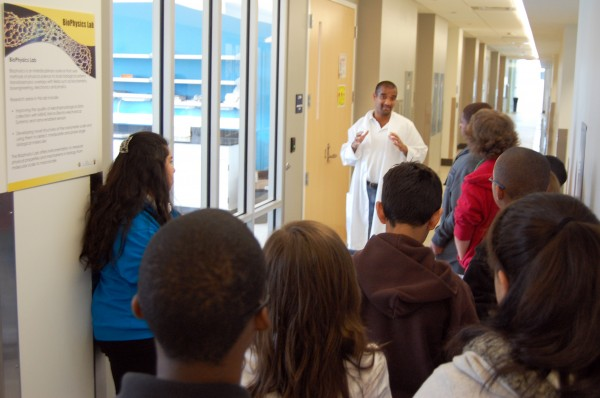 Students visit JSNN