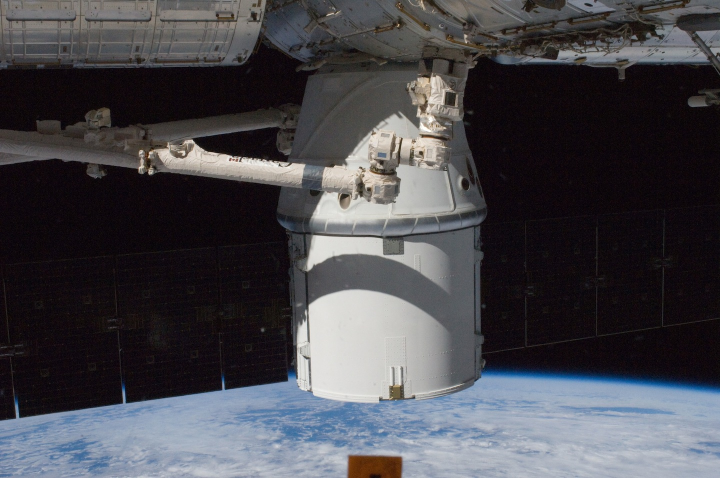 10-ru imagesize:1440x956 NASA TV Live Coverage of SpaceX Dragon Departure from ISS Starts 7 am EDT, Sunday, October 28