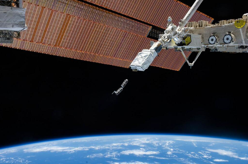 NanoRacks Satellite Deployment